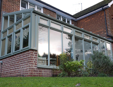 Chartwell green lean-to